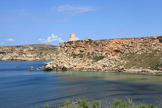 Għajn Tuffieħa Tower - The tower overlooking Għajn Tuffieħa