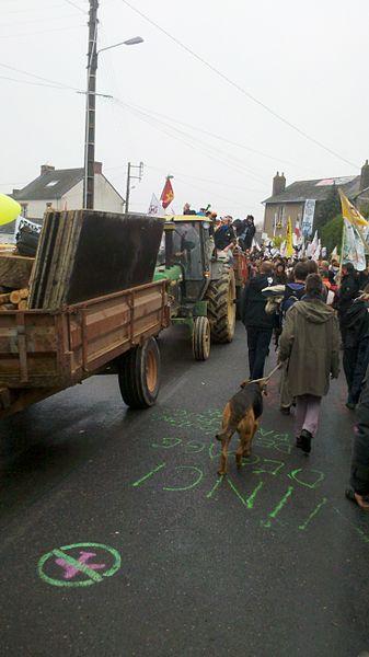 Manifestation de ré-occupation du 17 novembre 2012 à Notre-Dame-des-Landes
