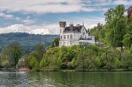 Maria Wörth Reifnitz Schloss Klein-Miramar NO-Ansicht 06052019 6802.jpg