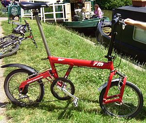 Birdy (bicycle) - Mark 1 Birdy folding bike from 2000, with 7 speed dérailleur