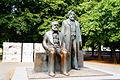Marx-Engels-Denkmal Berlin.JPG