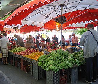 Mauguio - Market