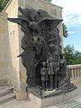 Mausoleul Eroilor (1916 - 1919) - basorelief dreapta.JPG