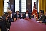 Memorándum de entendimiento Instituto Antártico Argentino-British Antarctic Survey 03.jpg