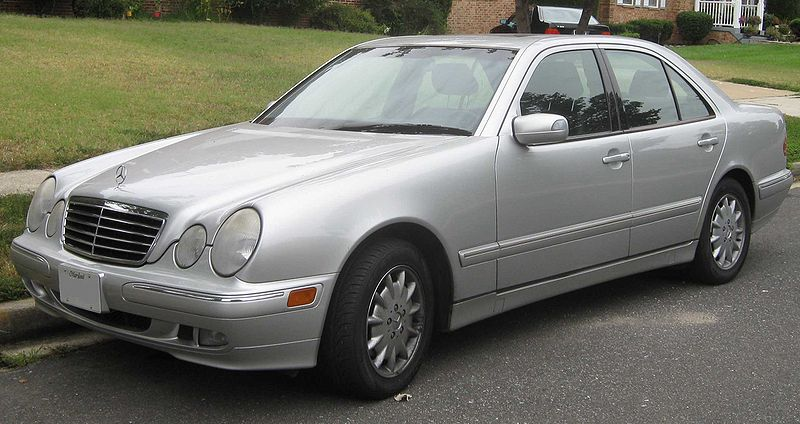 File mercedes benz e class wikimedia commons for 2000 mercedes benz e320 owners manual