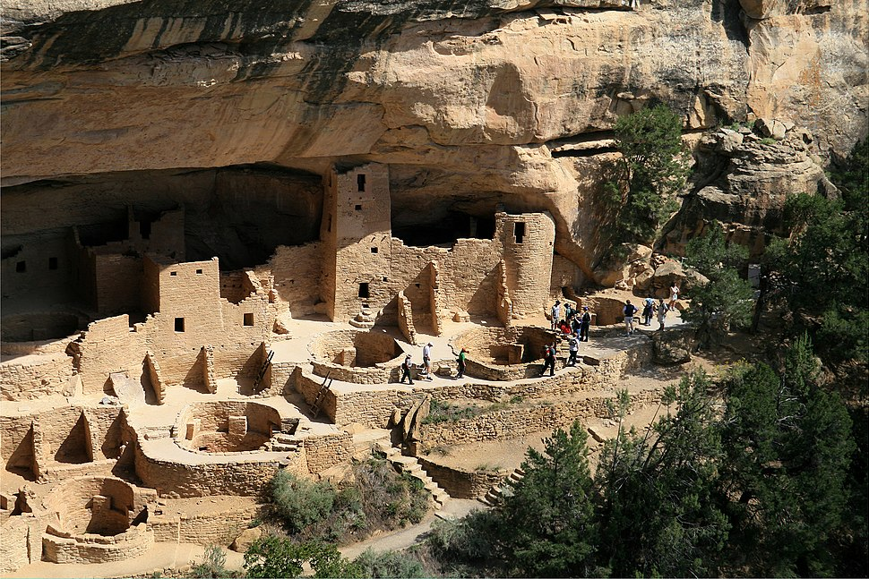 Mesa Verde National Park Cliff Palace Right Part 2006 09 12