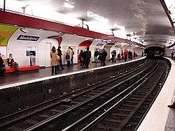 Metro - Paris - Ligne 12 - station Madeleine 01.jpg