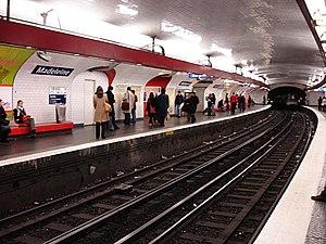 Madeleine (Paris Métro) - Image: Metro Paris Ligne 12 station Madeleine 01