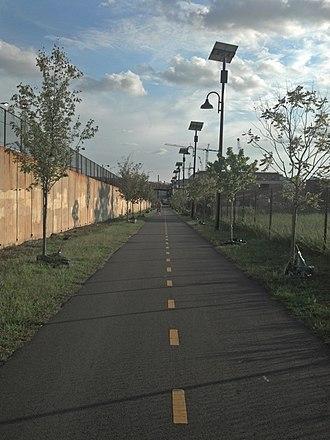 Metropolitan Branch Trail - Image: Metropolitan Branch Trail (8007639625)
