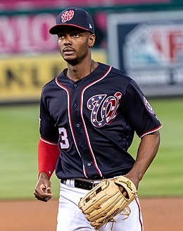 Michael Taylor, Washington Nationals leaves the field at the end of an inning (41450076381) (cropped).jpg