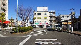 Minami-Rinkan Station - Image: Minami Rinkan Station east forecourt 20161216