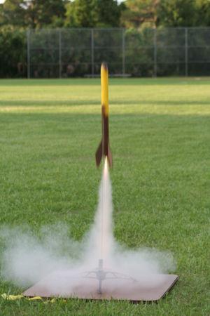 Amateur rocketry - Amateur solid rocket during liftoff