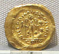 Moneta aurea barbarica a imitazione di coni bizantini, a nome di giustiniano I, 527-565, 01.JPG