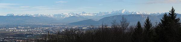 Mont Blanc depuis Tiocan01 2014-12-21.jpg