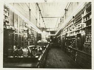 Daniel McFarlan Moore - Image: Moore Tubes Newark 1904