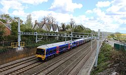 Moulsford - fGWR 165135+166208 down train on relief line.JPG