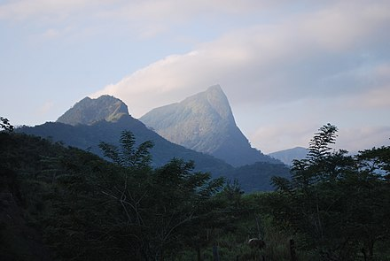 Mountain formation in the south of the state MountainVeracruzTabascoBorder03.JPG