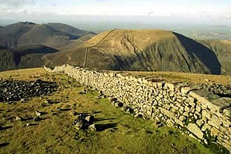 Slieve Commedagh - Image: Mourne wall donard