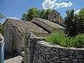 Mur nord de l'église d'Aubenas-les-Alpes.JPG