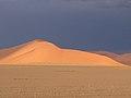 Namib sand.dunes.jpg