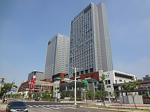 Nangang Station Building face to Zhongxiao East Road 20160723b.jpg