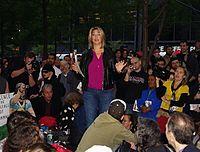 Naomi Klein durante la protesta Occupy Wall Street