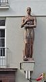 Neulinggasse 48, sculptures by W. Frass (03).jpg