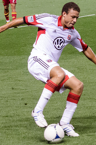 DeLeon playing for DC United in 2012 Nick DeLeon (cropped).jpg