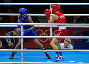 Nicola Adams v Cancan Ren, London 2012 (8374473182).jpg