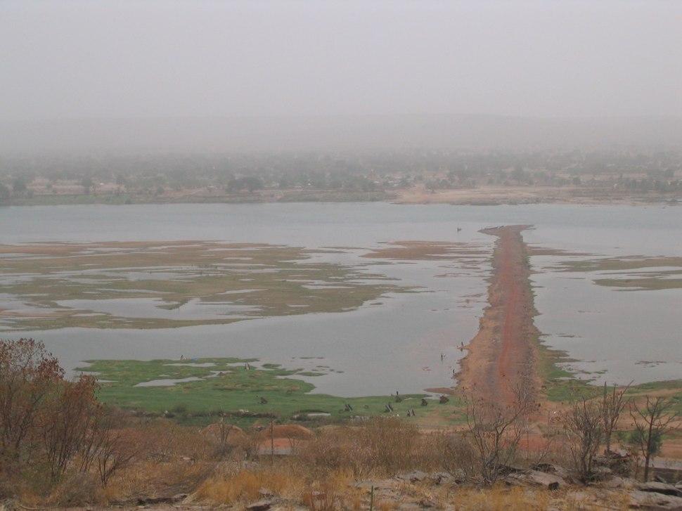 Niger river at Koulikoro