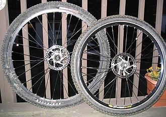 "29er (bicycle) - 29"" and 26"" mountain bike wheels"