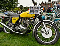Norton Commando 750 (8054833676).jpg