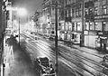 Nowy Świat w Warszawie nocą lata 30.jpg