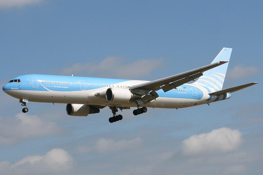 OO-TUC Tui Airlines Belgium Boeing 767-300