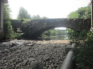 William Edwards (architect) - Image: Old Bridge, Pontardawe (geograph 3566053)
