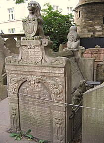 Old Jewish Cemetery, Prague 063.jpg