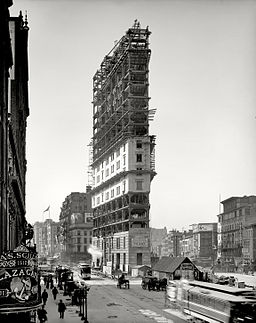 One Times Square under construction 1903