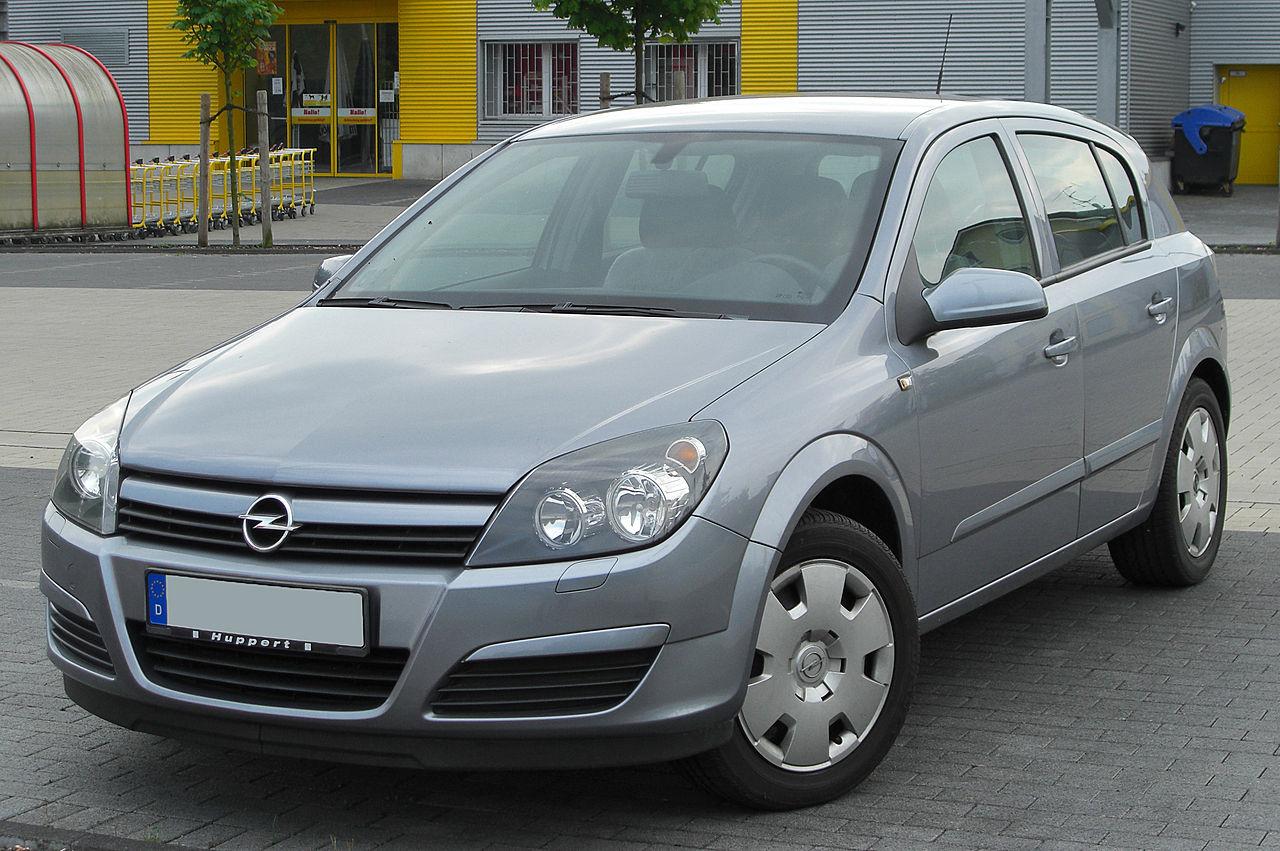 Opel Astra Fünftürer (2004–2006)