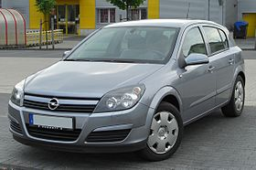 Opel Astra H 1.6 Twinport front 20100509.jpg