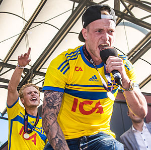 John Guidetti - Guidetti celebrating the 2015 European Under-21 Championship