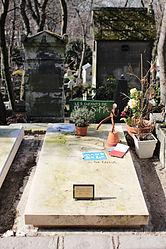 Grave of Mano Solo