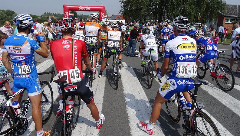Péronnes-lez-Antoing (Antoing) - Tour de Wallonie, étape 2, 27 juillet 2014, départ (D07).JPG