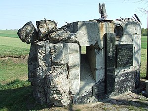Władysław Raginis - Ruins of one of the bunkers, now a memorial site