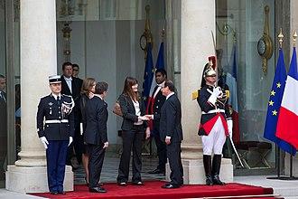 Valérie Trierweiler - Valérie Trierweiler in 2012 inauguration ceremony of the President of France, Élysée Palace, Paris