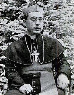 Paul Yu Pin 1947.jpg