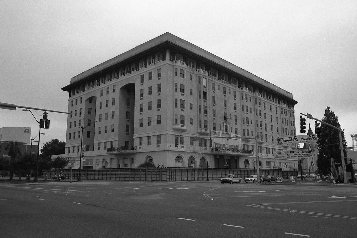Cost U Less >> San Carlos Hotel (Pensacola, Florida) - Wikipedia