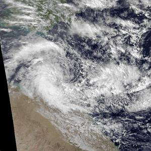 1978–79 Australian region cyclone season - Cyclone Peter over Queensland on 3 January 1979