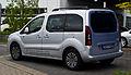Peugeot Partner Tepee HDi 115 Family (II, Facelift) – Heckansicht, 10. Mai 2013, Düsseldorf.jpg