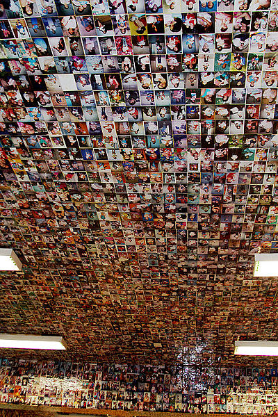 File:Picture filled ceiling - Miracles' room - Basílica of Aparecida - Aparecida 2014.jpg
