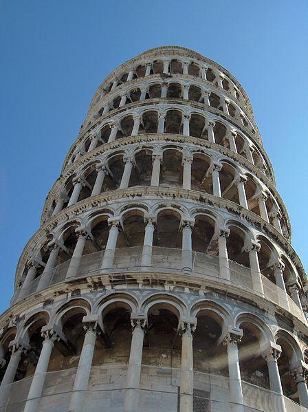 Пизанской башни грунт более илистый и глинистый